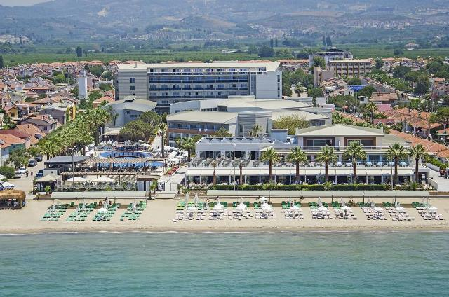 PALM WINGS BEACH RESORT KUSADASI 5*